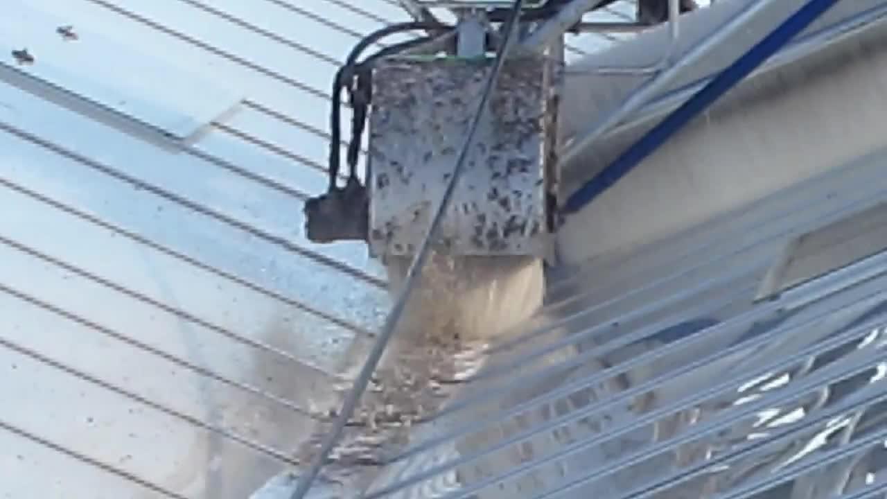 Roofmaster Light - Agro Care - Brede gootborstel 1 - Wide gutter brush 1.mp4