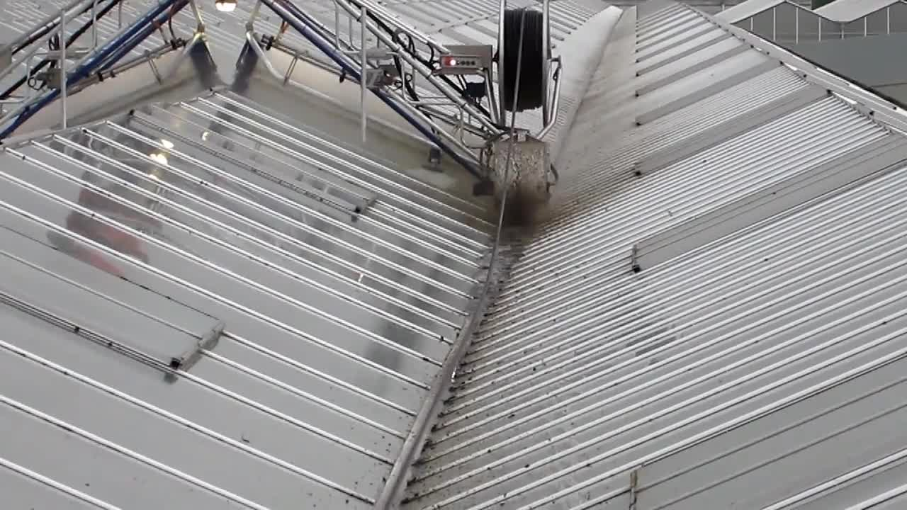 Roofmaster Light - Leo Hoogweg - Brede gootborstel - Wide gutter brush.mp4