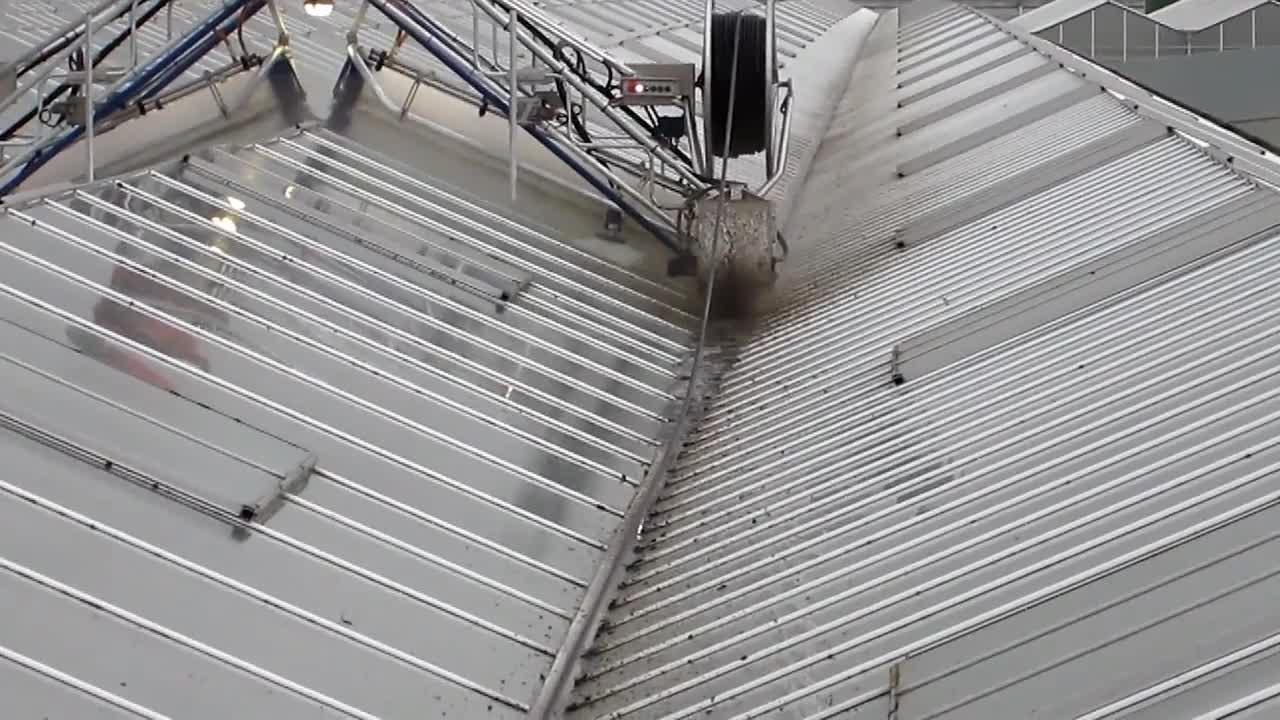 Roofmaster Light - Leo Hoogweg - Brede gootborstel - Wide gutter brush.mp4